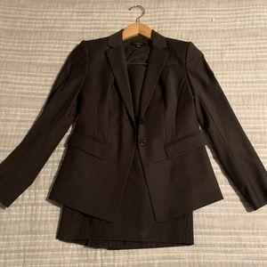 Ann Taylor Brown Suit (Jacket/Skirt), Size 00P